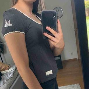 Odd Molly t-shirt i storlek XS. Använd en gång💖😊(köparen betalar frakt)