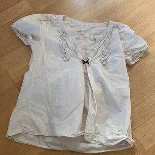 Fin odd Molly tröja nästan aldrig använd.                        Är osäker på storleken men passar mig som är xs/s.    Går att diskutera pris :)