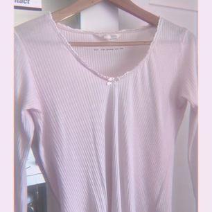 odd molly tröja, ny skick och vara använd 2 gånger, 100kr(+22kr frakt)
