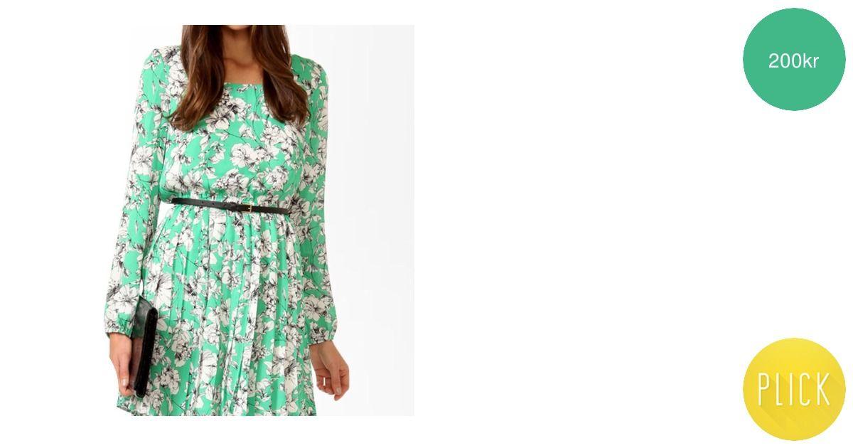 b33681bc234f Ny grön blommig klänning från Forever - Forever 21 Klänningar - Second Hand